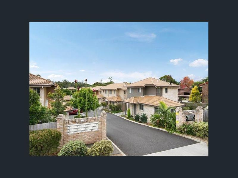12 / 45-47 Defiance Road, Woodridge