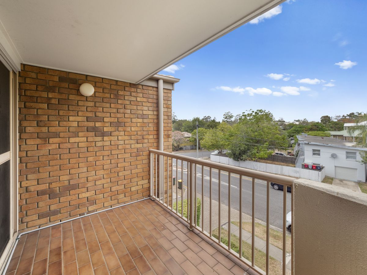 4 / 18 Cecil Street, Indooroopilly