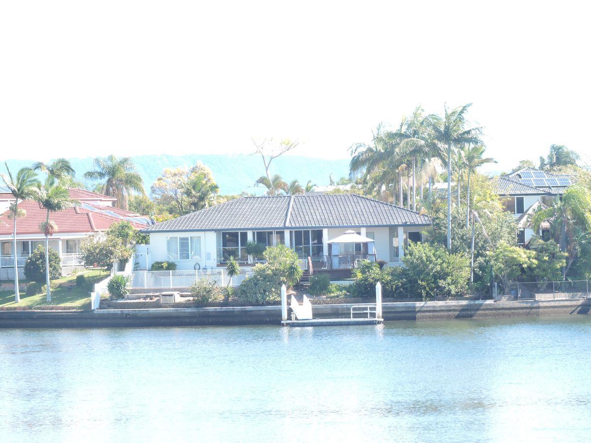 45 Portobello Drive, Mermaid Waters