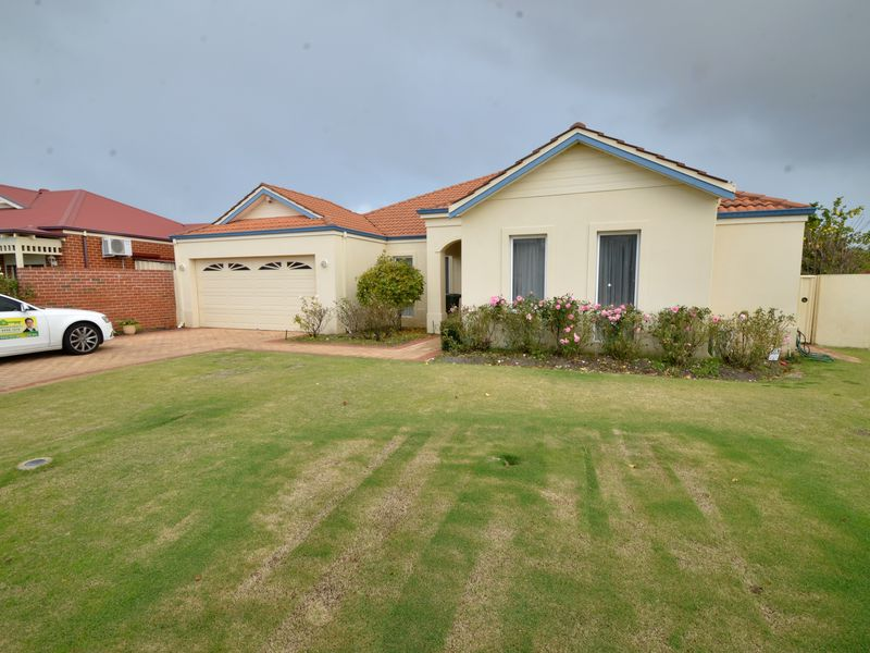 82 Ashmore Avenue, Canning Vale
