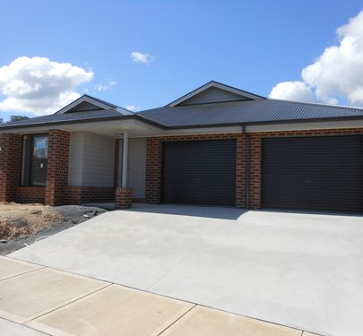 676a Shaw Street, Springdale Heights