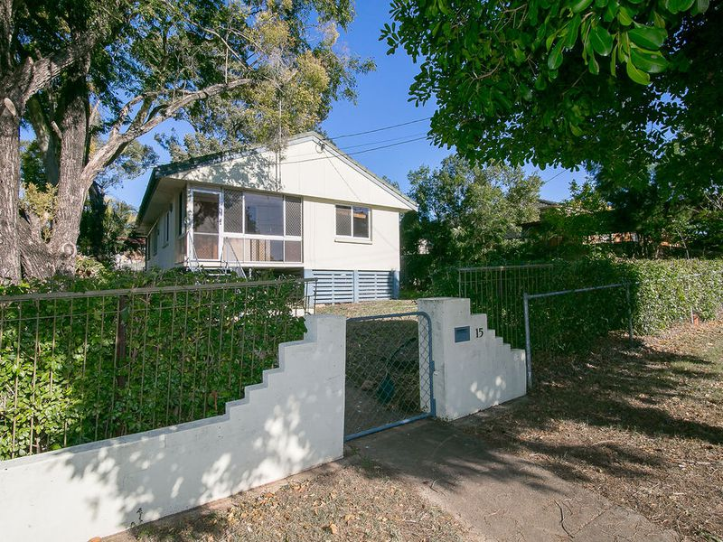 15 Gibbs Street, Riverview