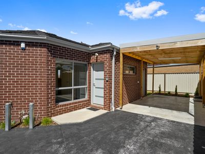 2 / 92 Merton Street, Altona Meadows