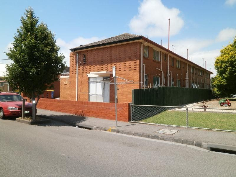 1 / 55 Swan Street, Footscray
