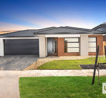 12 EPSOM LANE , Cranbourne North