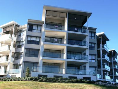 A2 / 9 Moores Crescent, Varsity Lakes