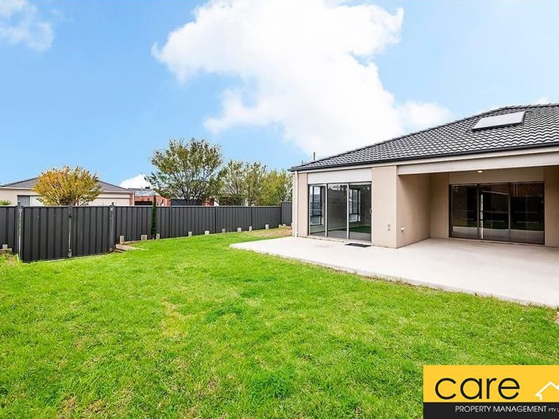 60 Sabel Drive, Cranbourne North