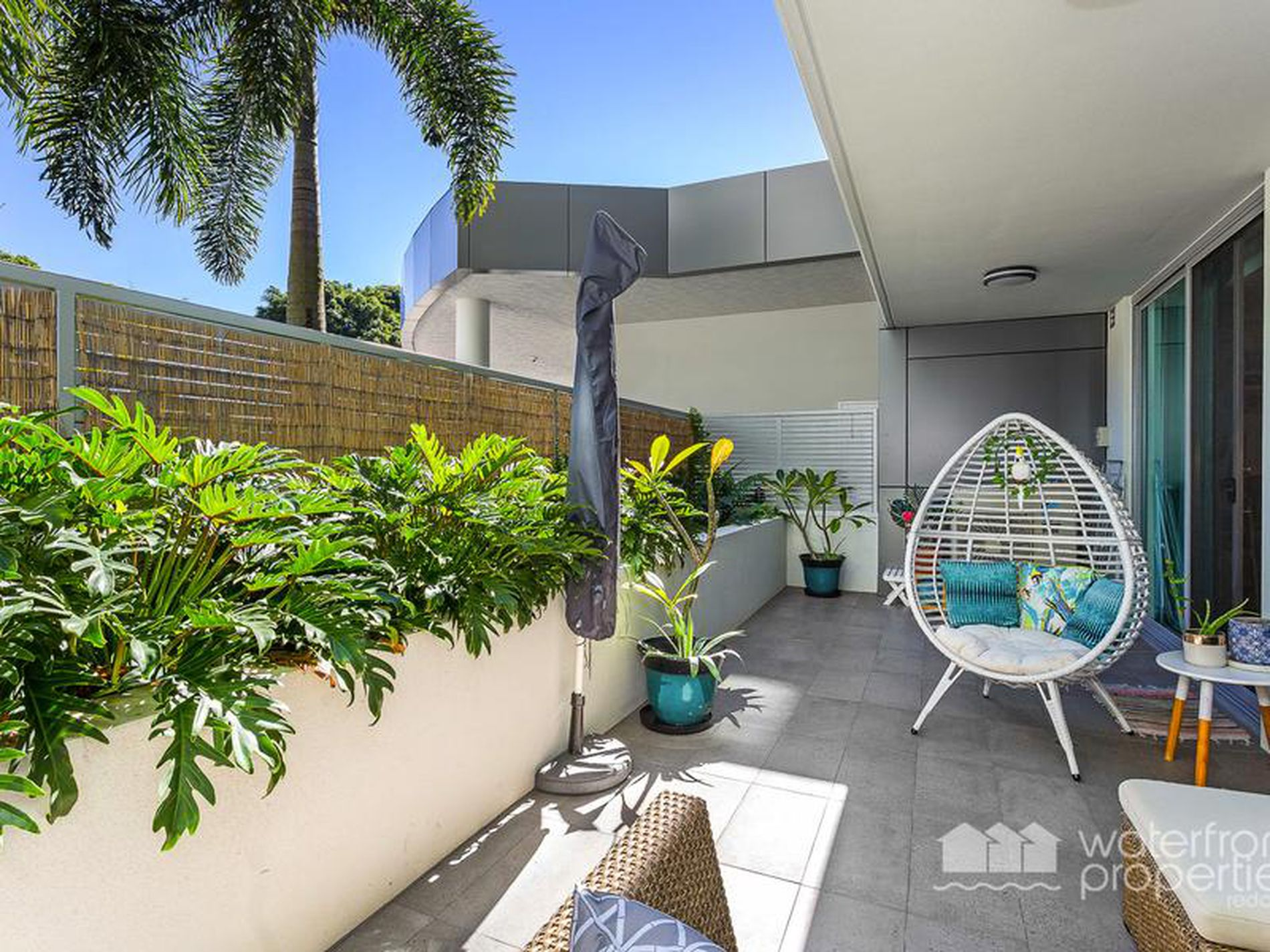 29 / 24 Prince Edward Pde, Redcliffe