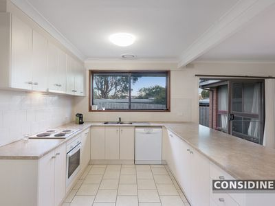 25 Lockheed Street, Strathmore Heights