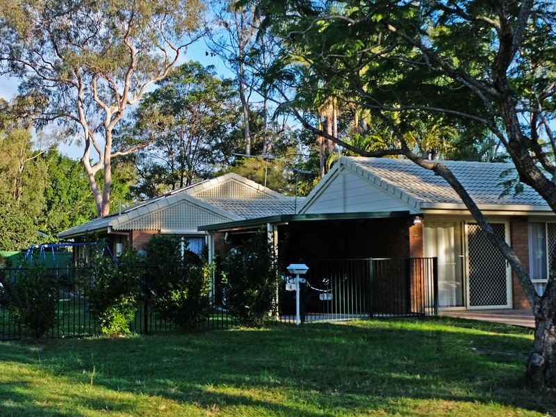 4 Pringle Place, Forest Lake