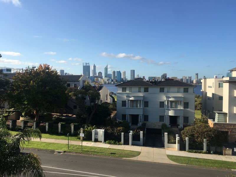 16 / 177 Mill Point Road, South Perth