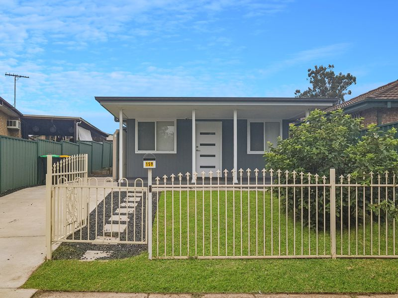 159 Banks Drive , St Clair
