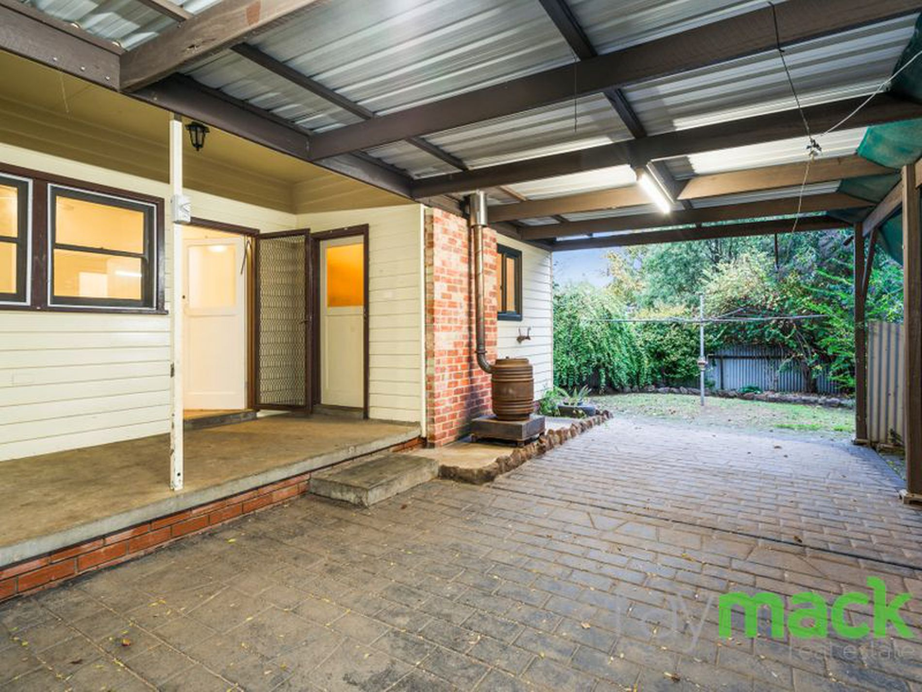 953 Burrows Road, Albury