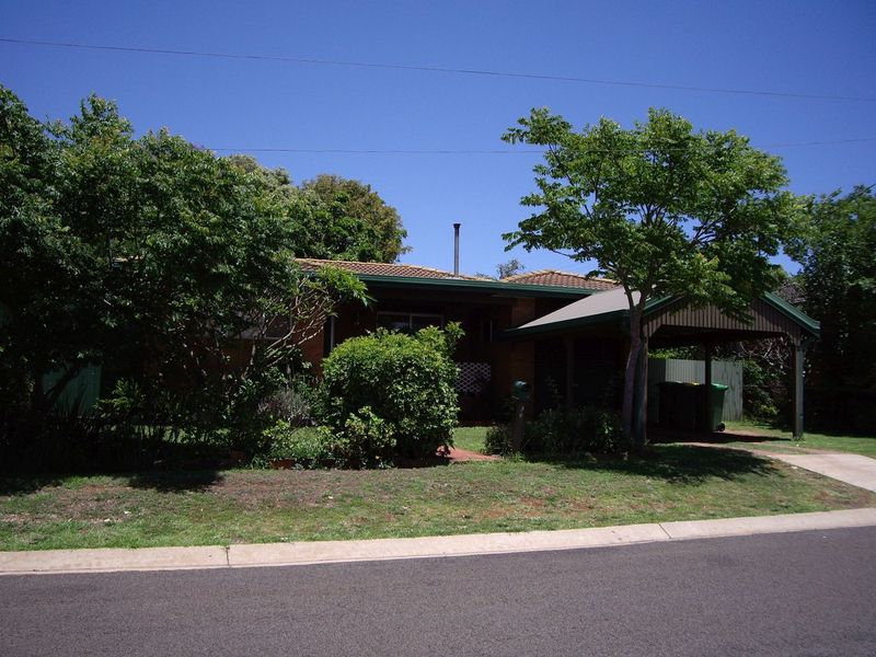 36 Rivett Street, South Toowoomba