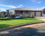 13 Williams St, Temora