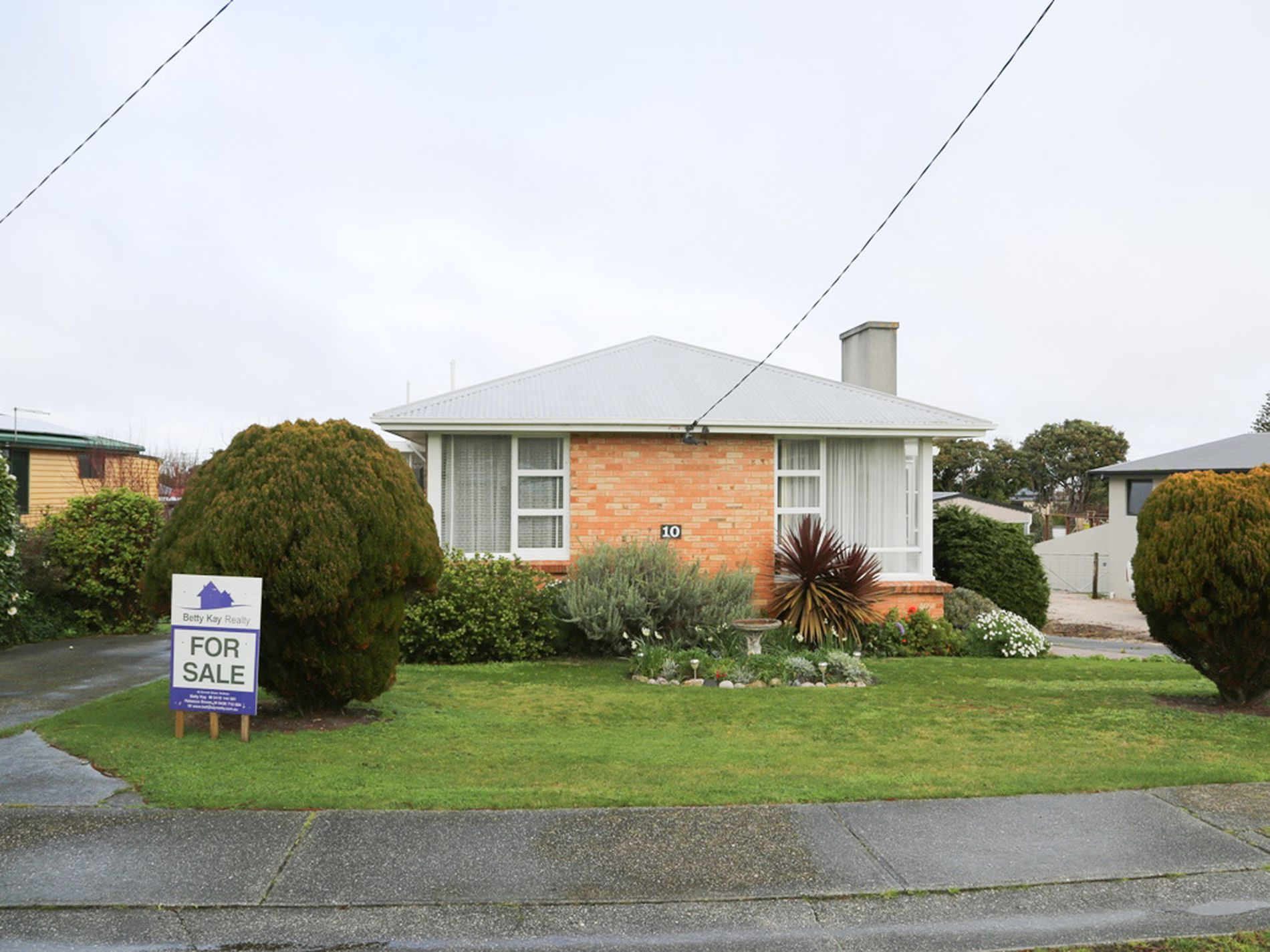 10 Main Road, Stanley