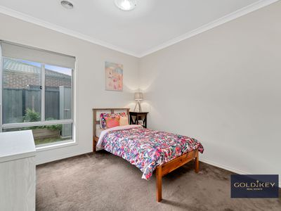 5 Scotsdale Road, Truganina