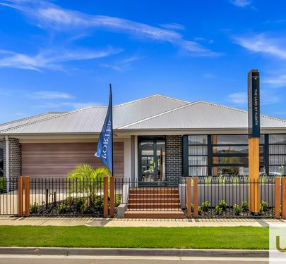 4 ROTHESAY AVENUE, Clyde