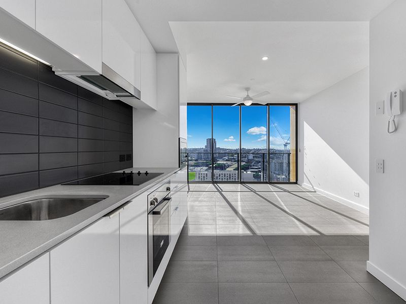 1111 / 10 Trinity Street, Fortitude Valley