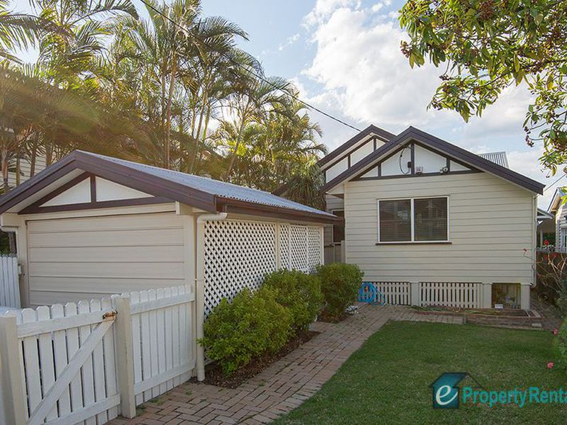 170 Strong Avenue, Graceville