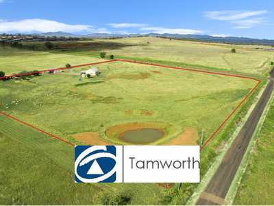 372  Moore Creek , Tamworth