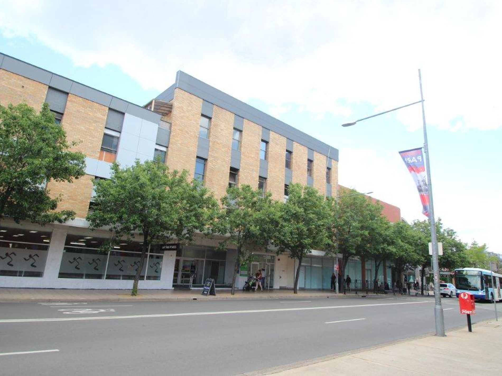 3006 / 21-23 Station Street St, Penrith