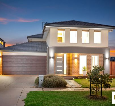 11 Carmicheal Avenue , Cranbourne West