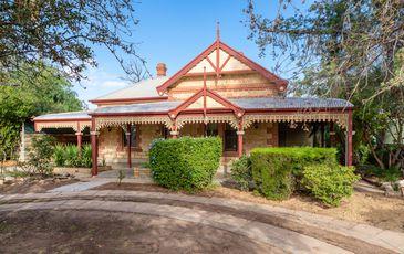 72 Adelaide Road, Murray Bridge