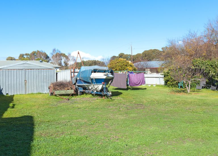 27 Wyrie Road, Millicent