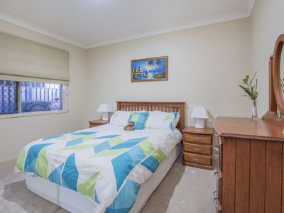 5 Thames Place, Oxenford