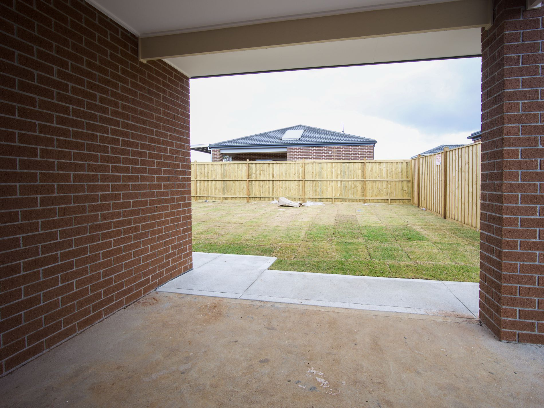 4 Apsley Way , Thornhill Park