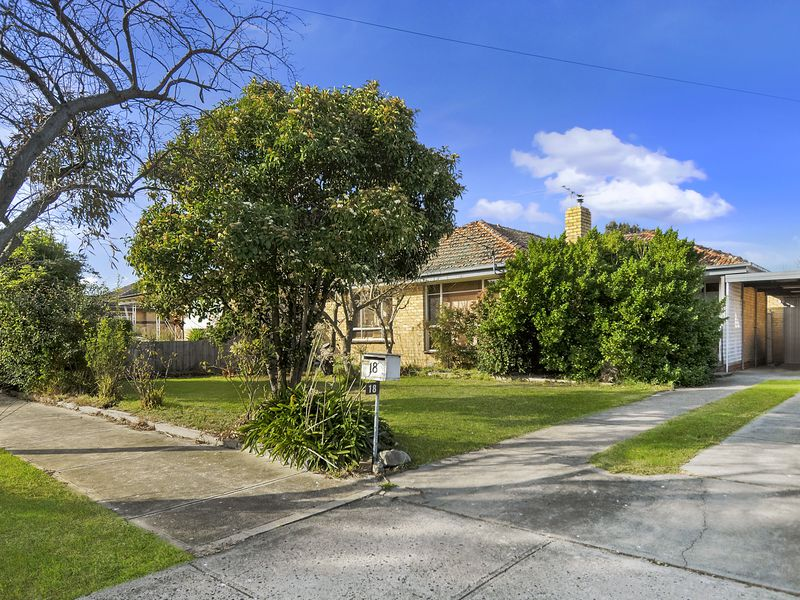 18 Everitt Street, Hadfield