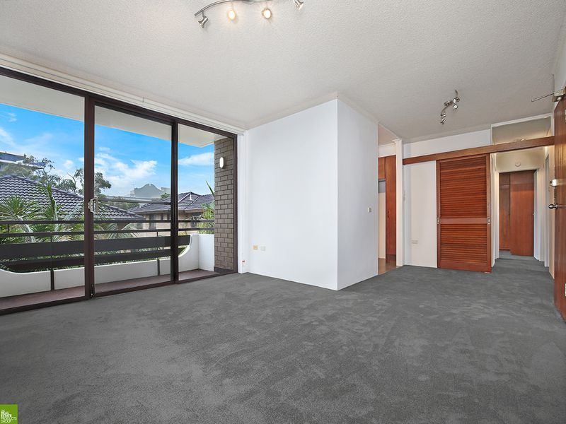 4 / 17 Church Street, Wollongong
