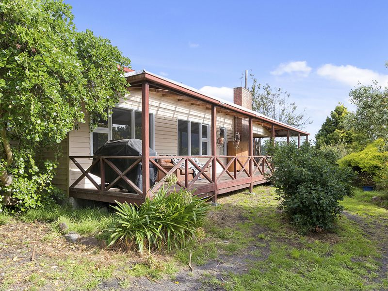 6555 Channel Highway, Deep Bay