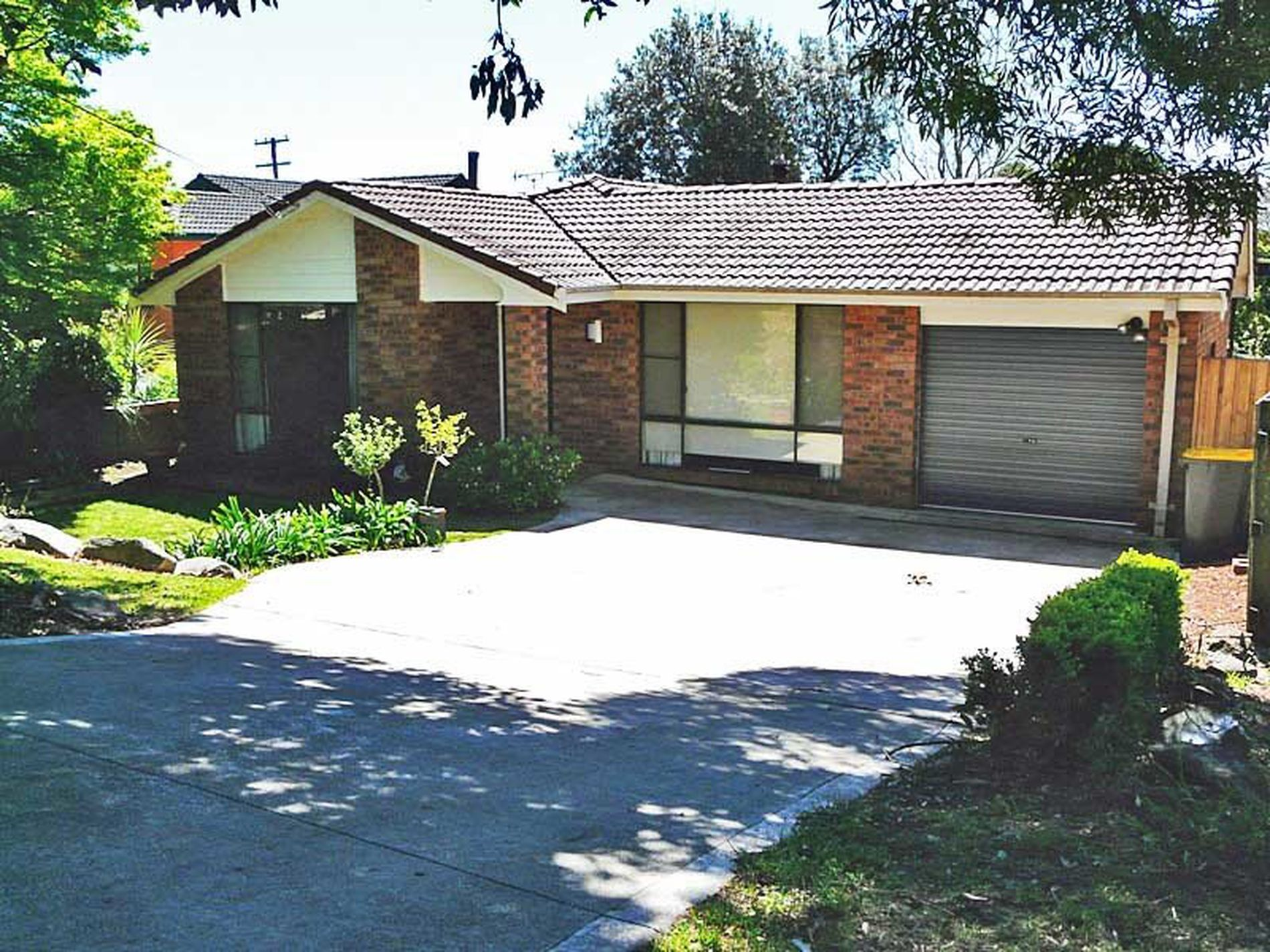 14 Armstrong Crescent, Robertson