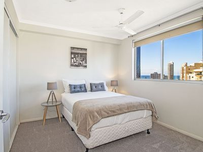 54 / 2894 -2910 The Pinnacle Gold Coast Highway, Surfers Paradise