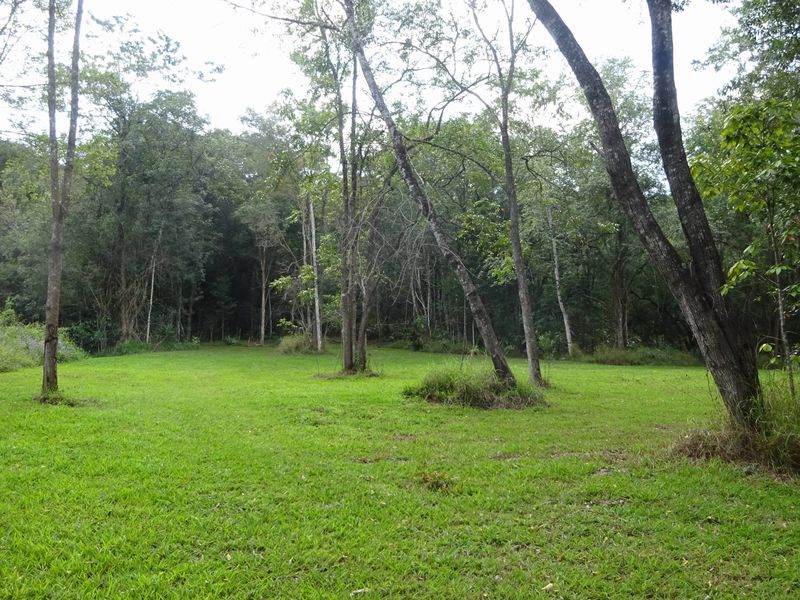 Weekender Acreage north of Eumundi