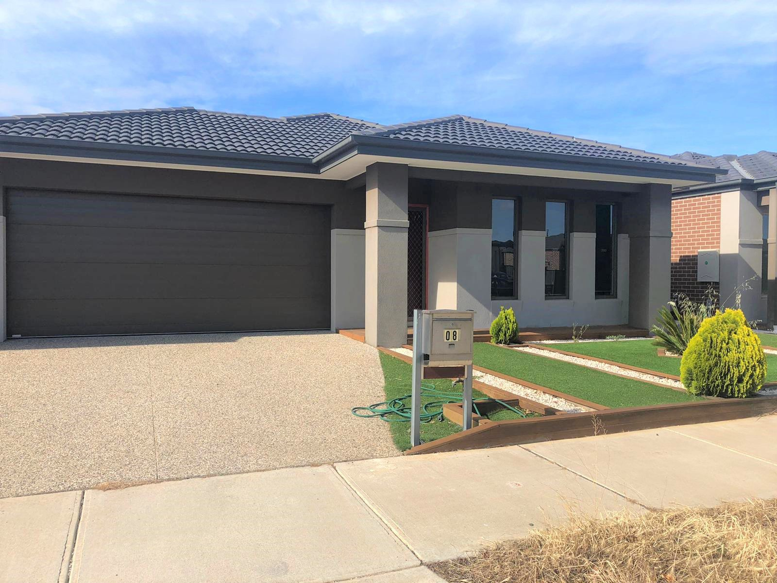 8 Shamrock Way, Truganina