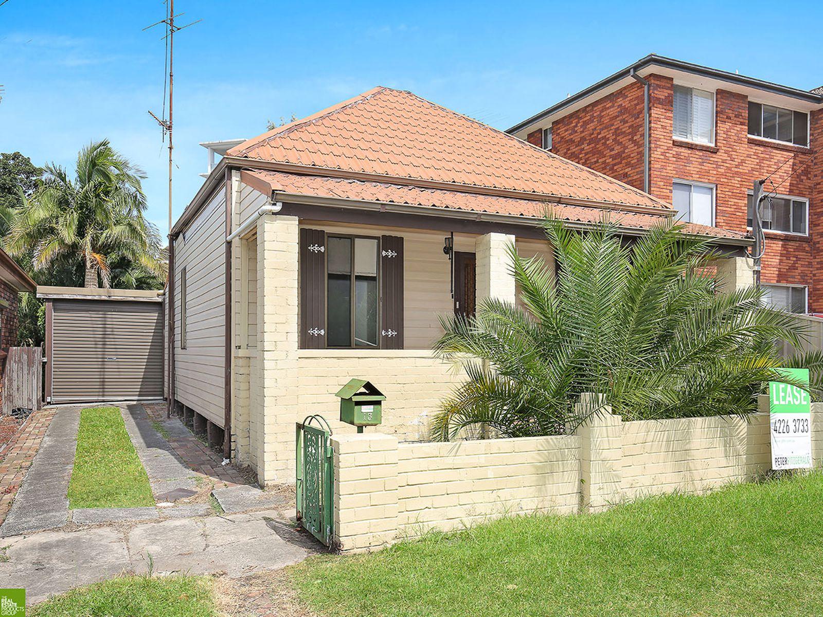 13 Robinson Street, Wollongong
