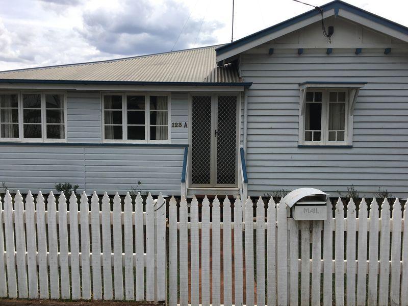 123A Mackenzie Street, East Toowoomba