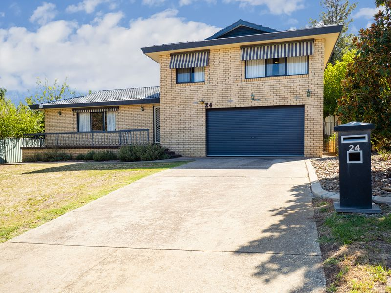 24 WESTERNVIEW DRIVE, West Albury
