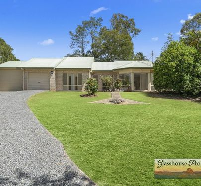 23 Parkview Road, Glass House Mountains