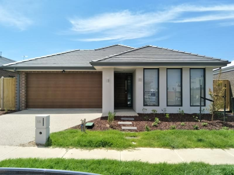15 Peters Way, Williams Landing