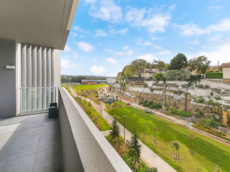 513 / 105 Ross Street, Forest Lodge