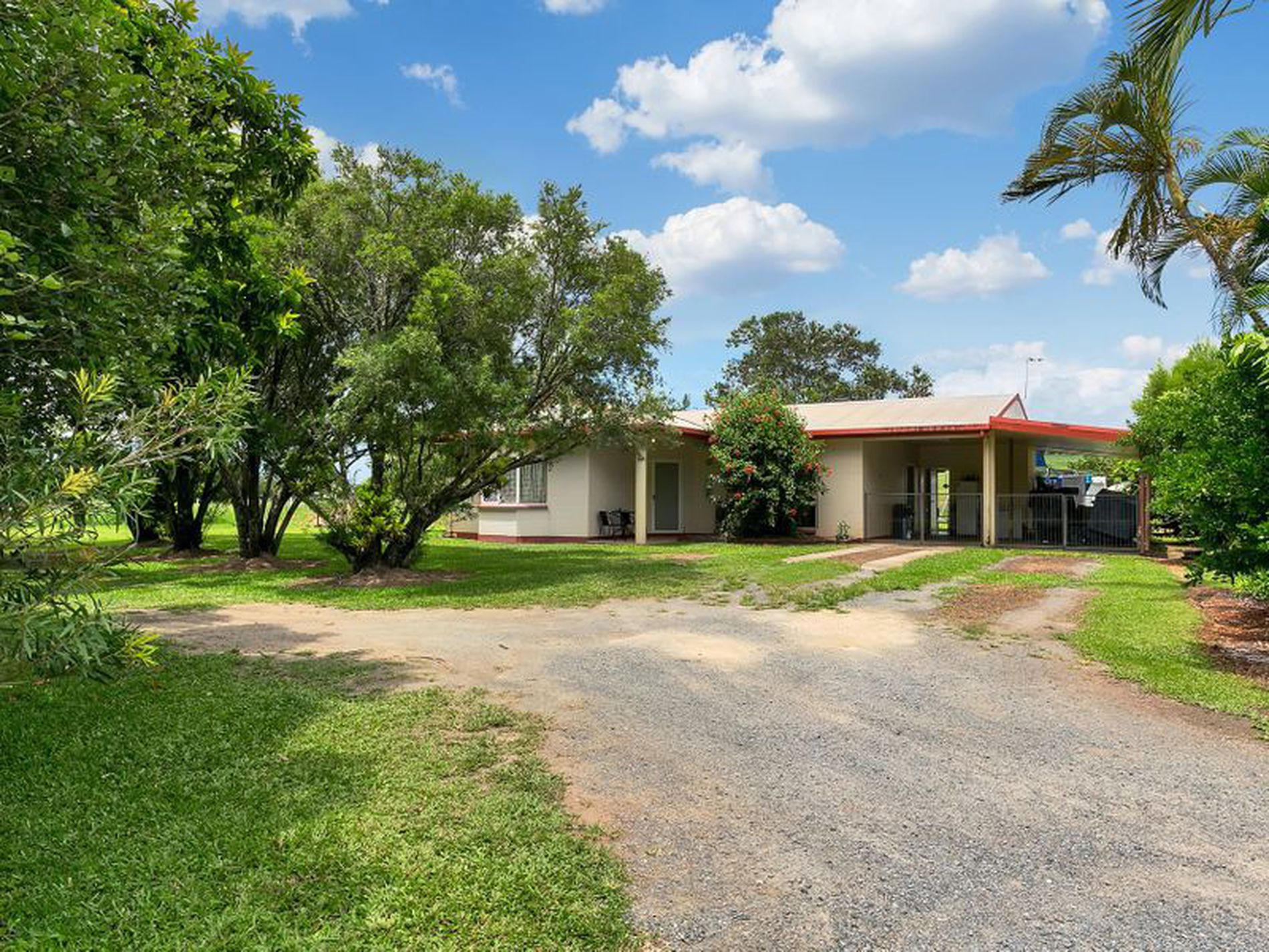 1 Pine Creek Road, Gordonvale
