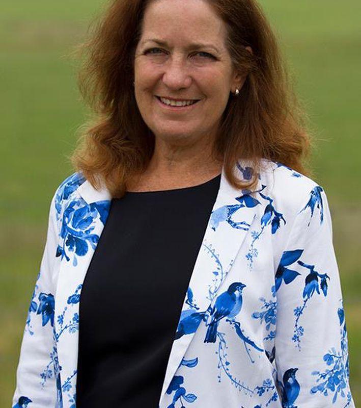 Debbie Dennien