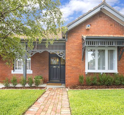 182 Buckley Street, Essendon