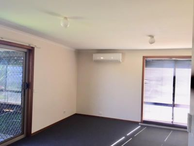 2/123 Parramatta Road, Werribee