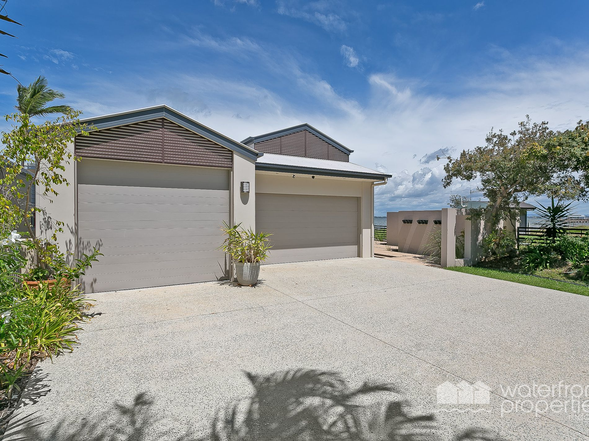24 WOODCLIFFE CRESCENT, Woody Point