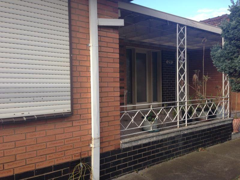 2 / 24 Gallant Street, Footscray
